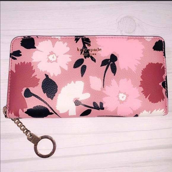 🆕Kate Spade Briar Lane Gala Floral Wallet